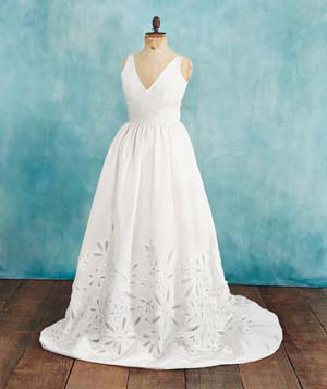 What type of gown suits your body type best micah the for Wedding dresses for pear shaped women